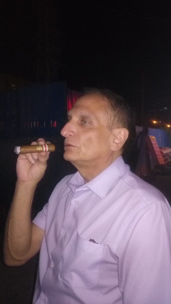 brian-cigar-1